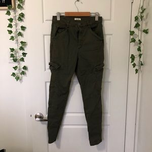 Garage    Skinny Jeans with Pockets